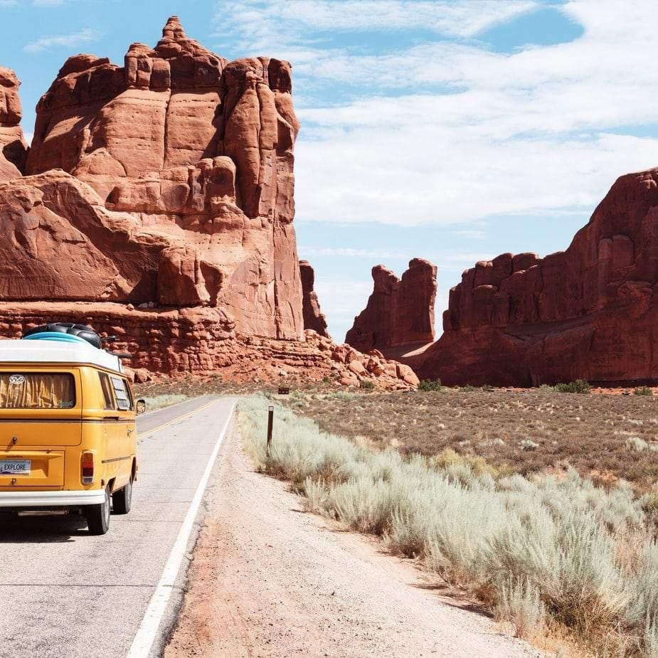 Du lịch trong tương lai: Trở về thập niên 70s