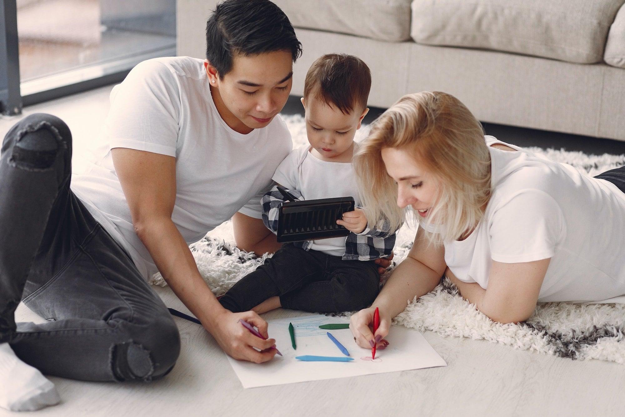 Facebook ra mắt loại nhóm mới dành cho cha mẹ