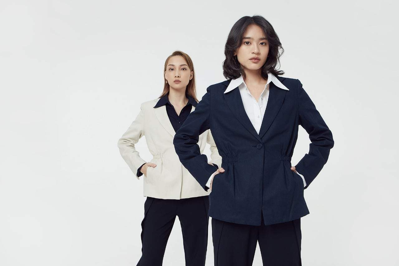 """Workwear Collection: """"Made For 9-to-5 And Beyond"""" —  TheBlueTshirt's Gift That Keeps On Giving"""