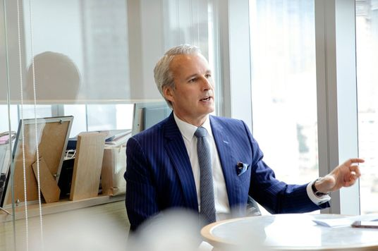 'We Are Driven By Results But Results Must Be Achieved The Right Way': Wayne Besant, AIA Vietnam CEO, On Leading With Humility And Empathy