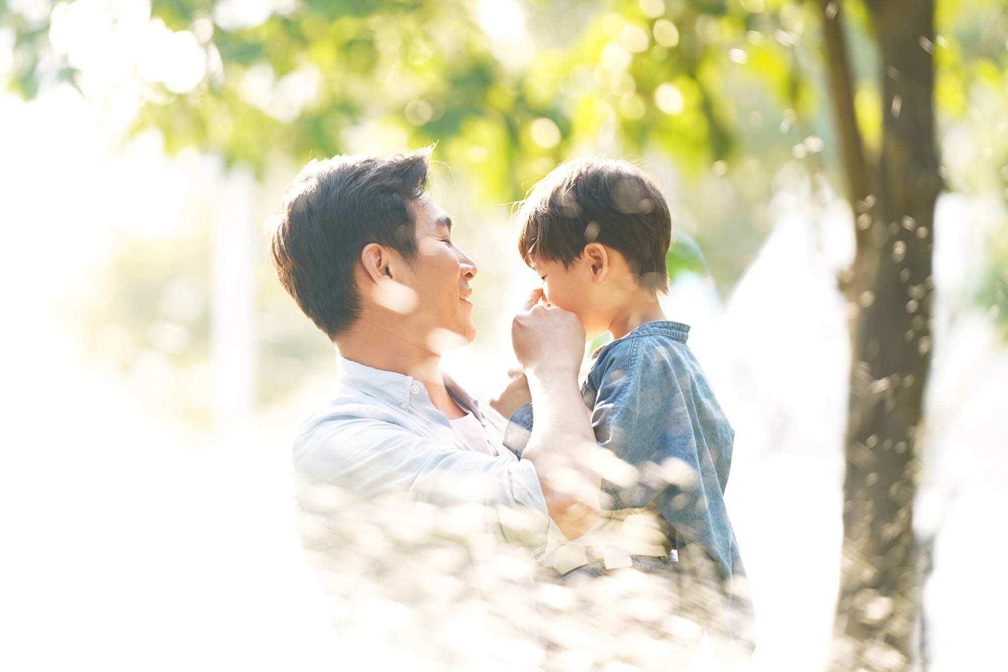 'Vừa yêu vừa ghét' cha mẹ liệu có phải là một điều khó chấp nhận?