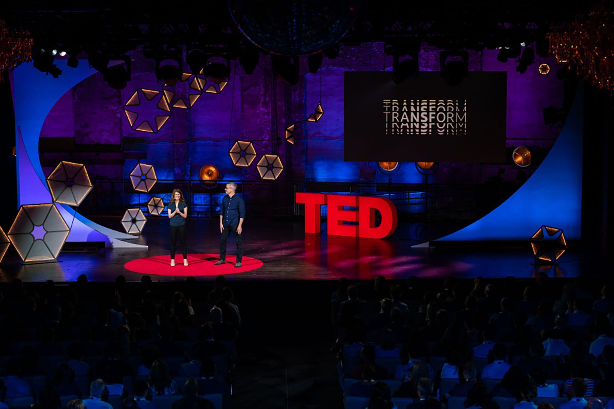 5 TED talk giúp bừng lại lửa đam mê khi công việc không như ý