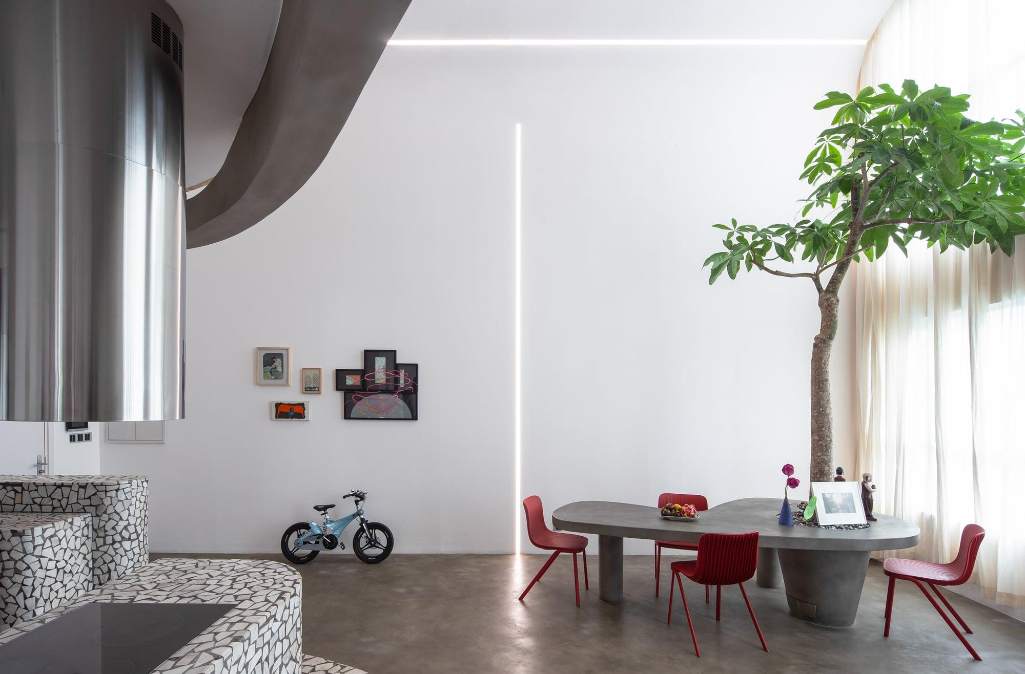 """Mài Apartment — Ngôi nhà của """"Kẻ mơ mộng thực tiễn"""""""