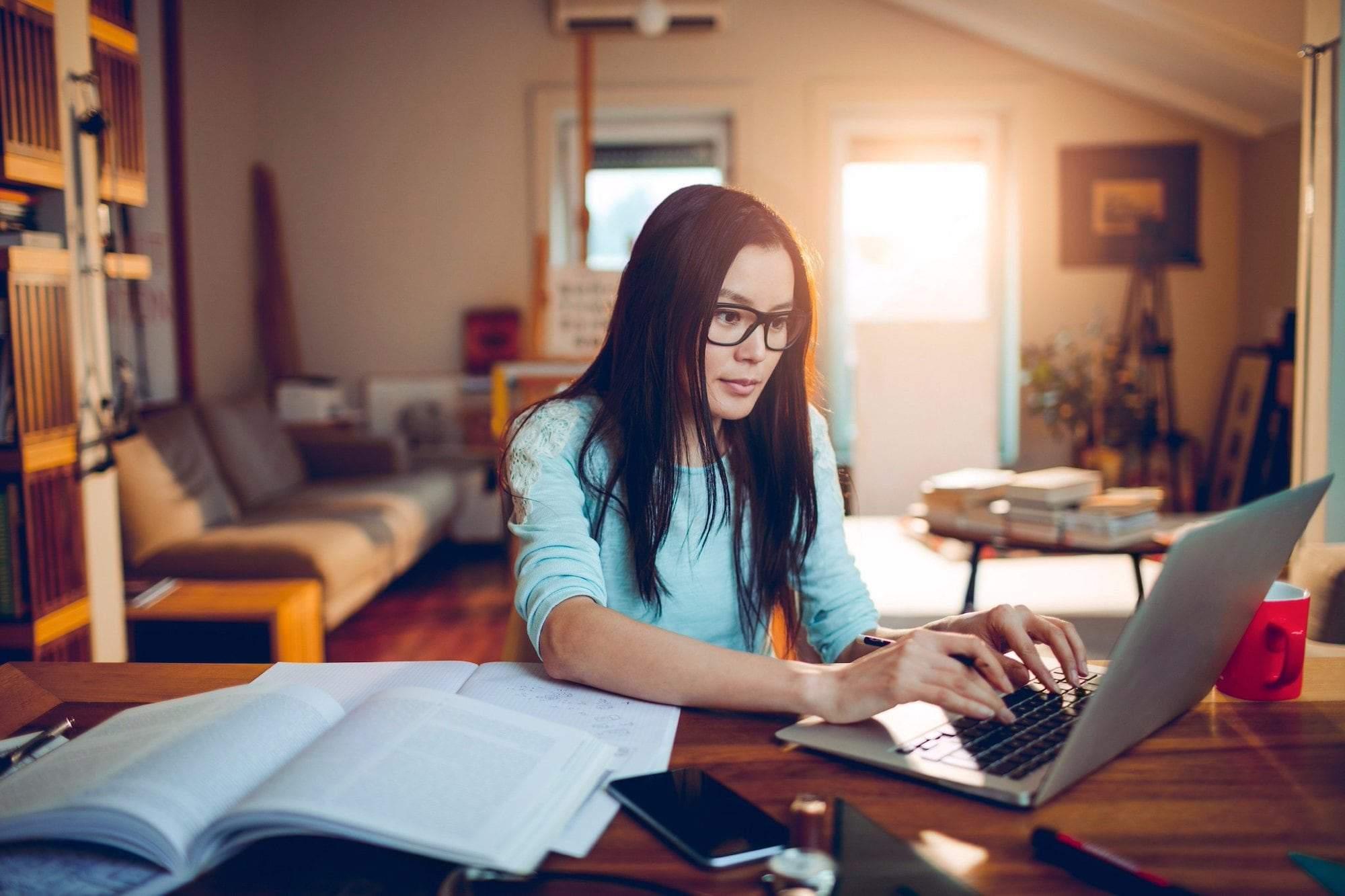 Chiến lược thăng cấp tiếng Anh công sở phù hợp với người bận rộn