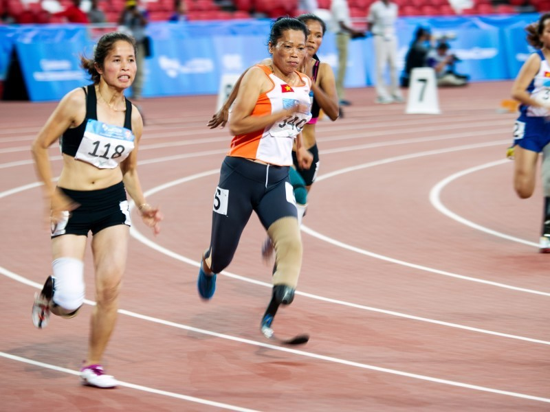 Vietnam's Nguyen Thi Thuy won gold in the women's 200 metre event at the ASEAN Para Games