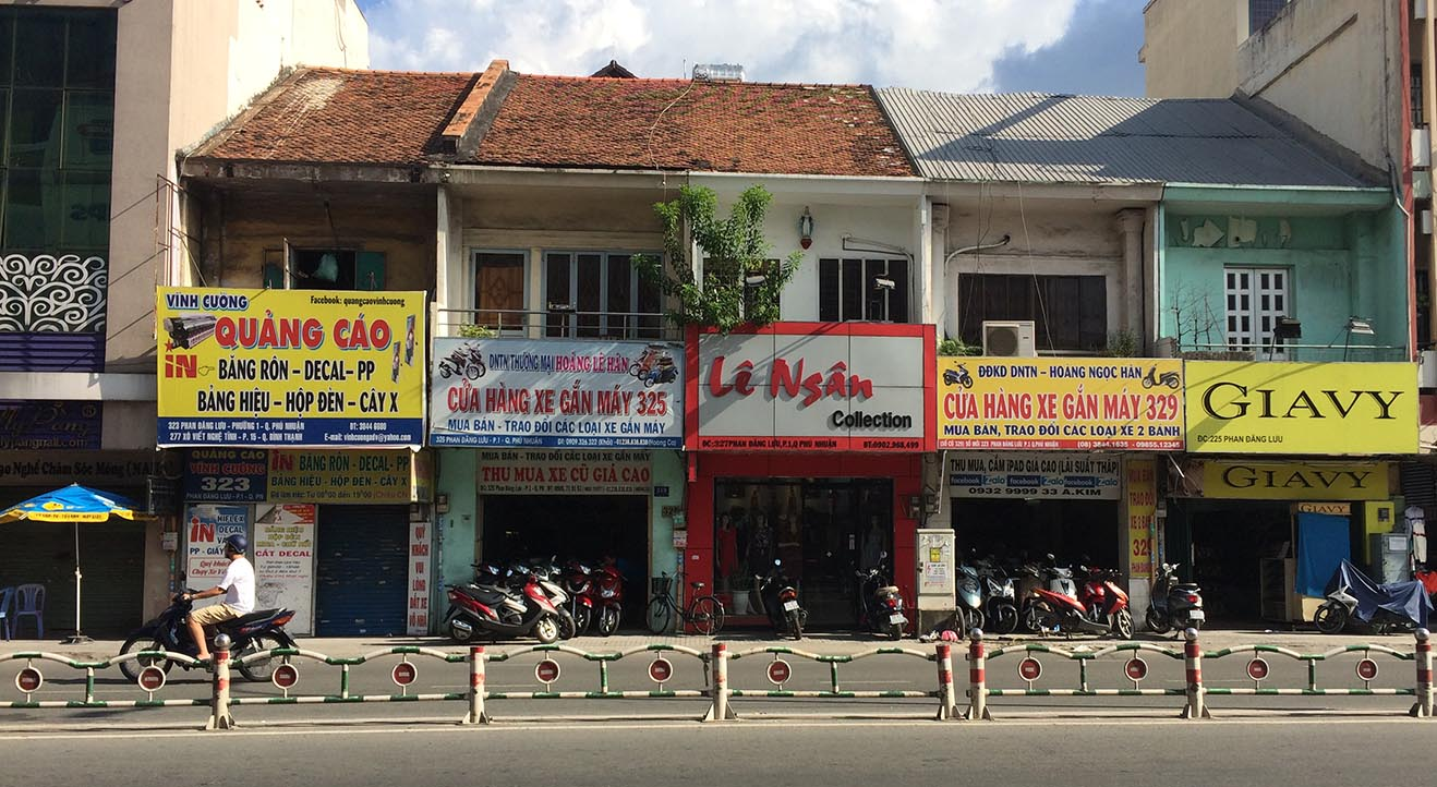 Where to find one thing roads in Ho Chi Minh