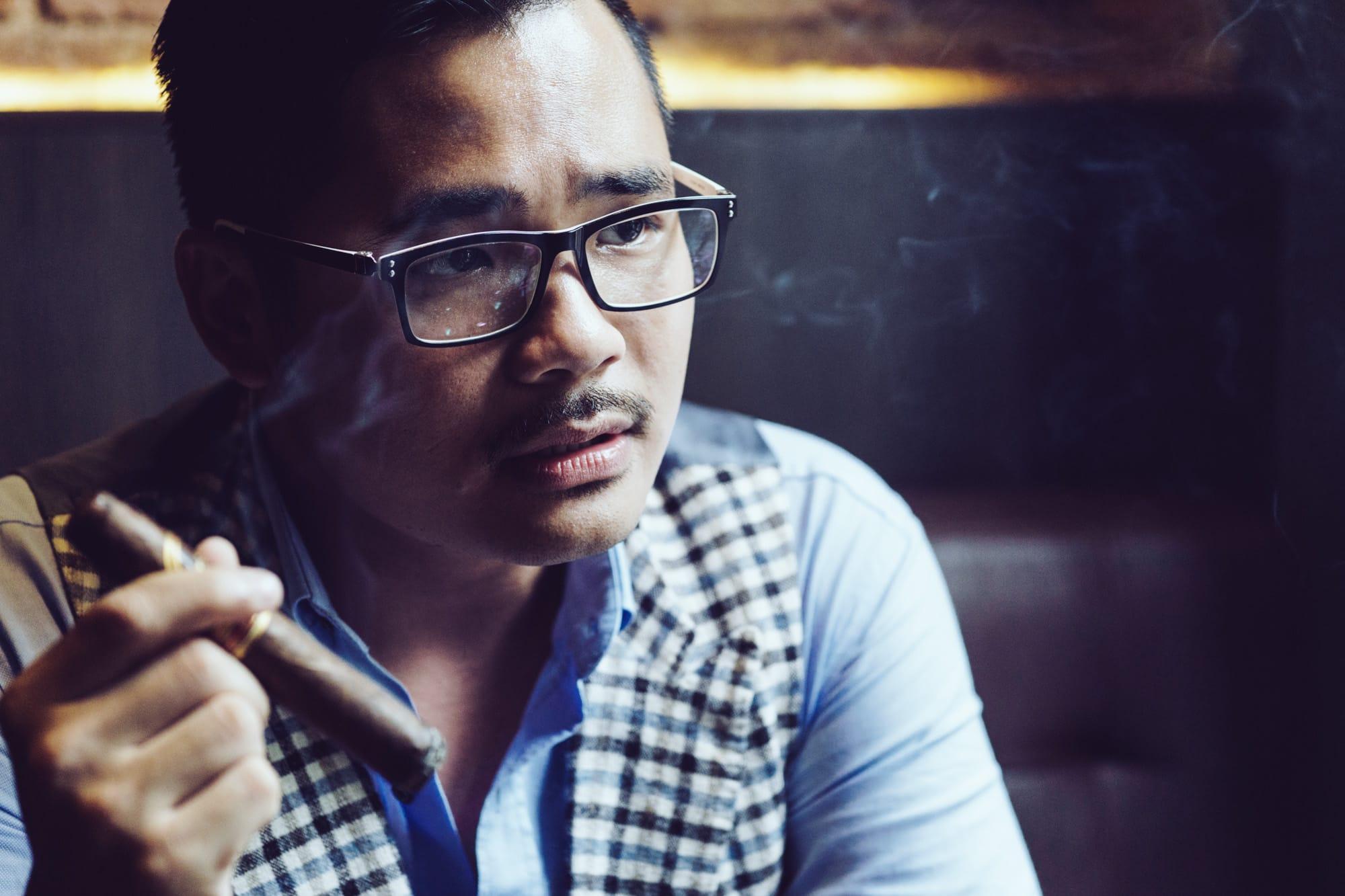 Dennis Tuan Phan - Cigar Club in Vietnam