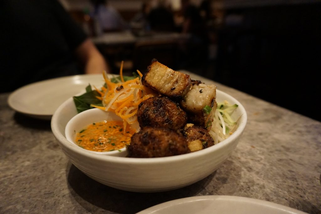 chom chom vietnamese food