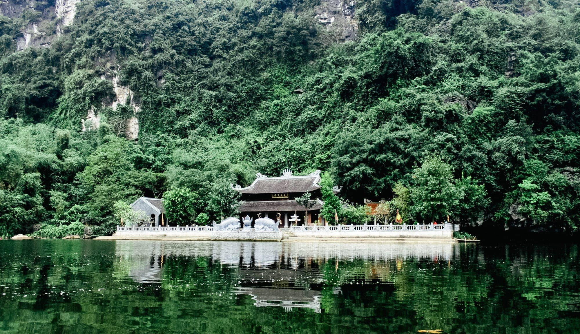 The Top Vietnam Temples To Visit