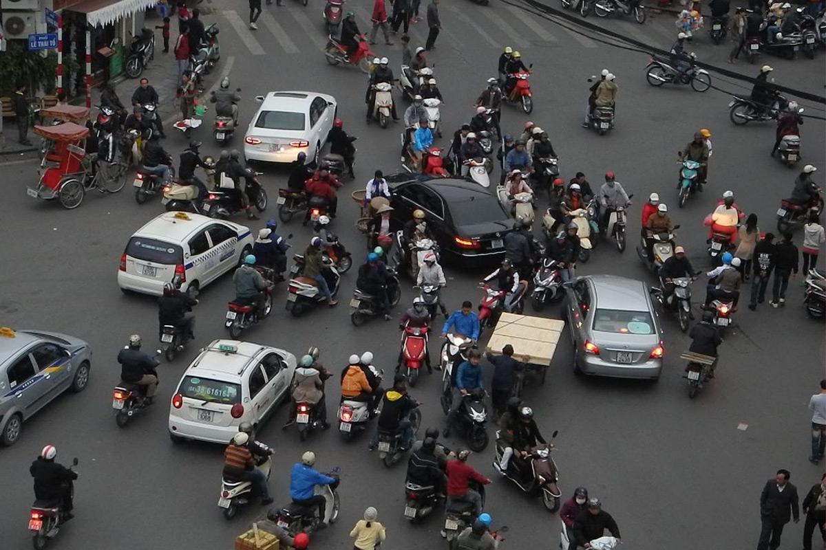 Road Traffic Saigon
