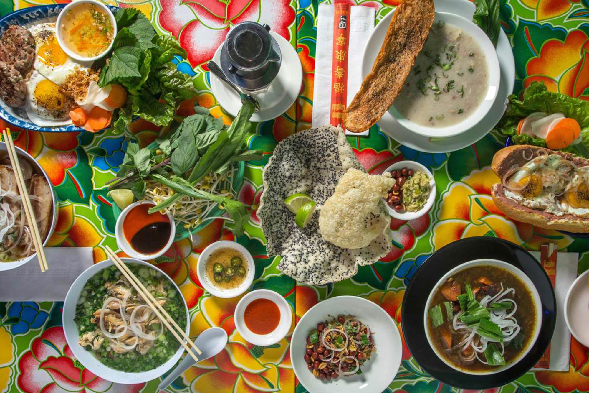 What Local Vietnamese Eat For Breakfast - Vietcetera