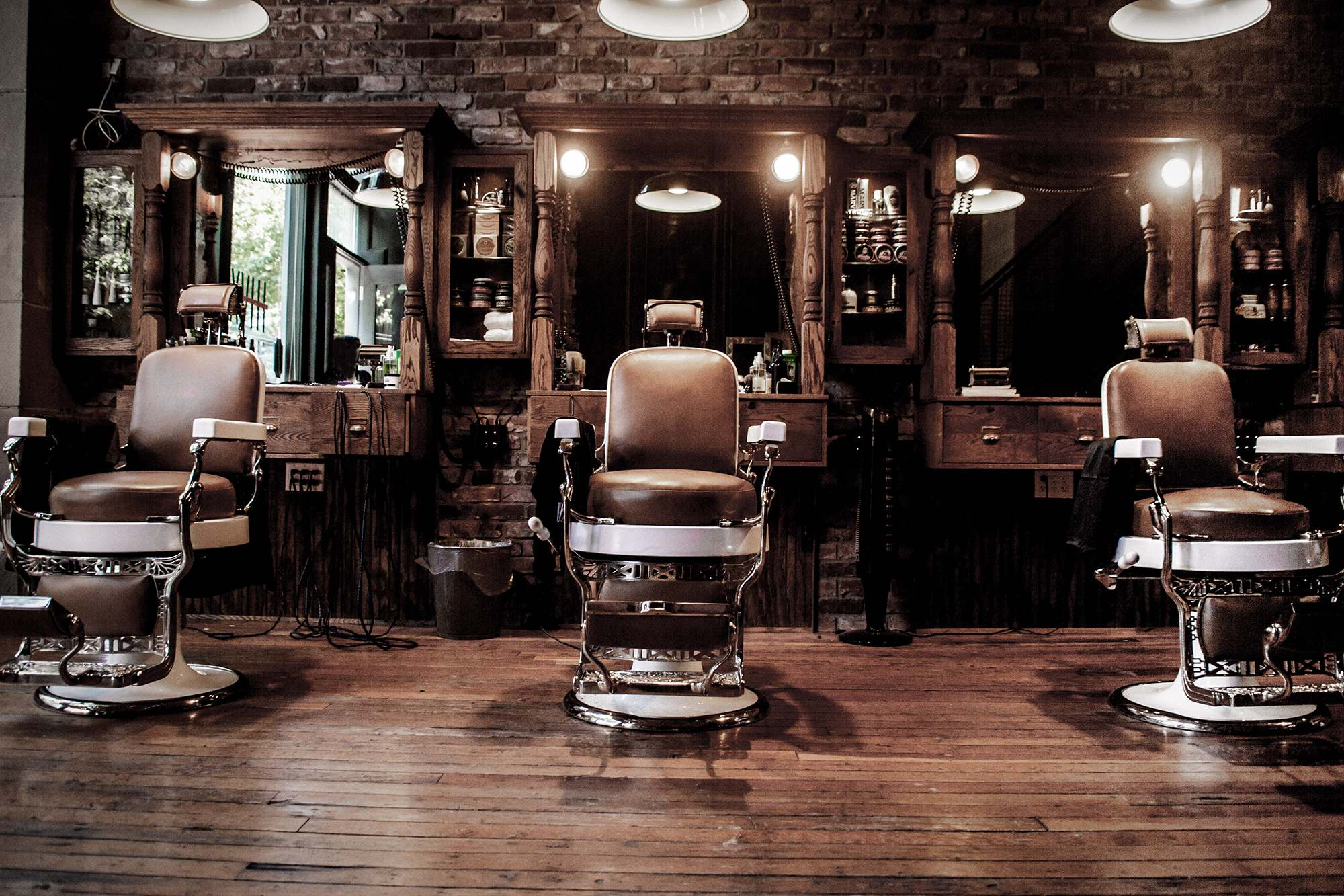 Saigon Barbershops: Seven Of The Sharpest