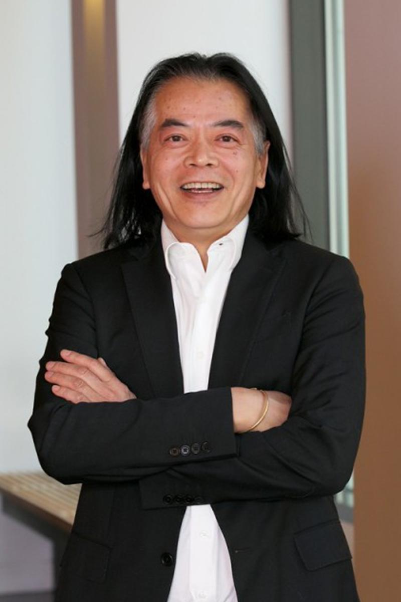 Professor Quang Vuong