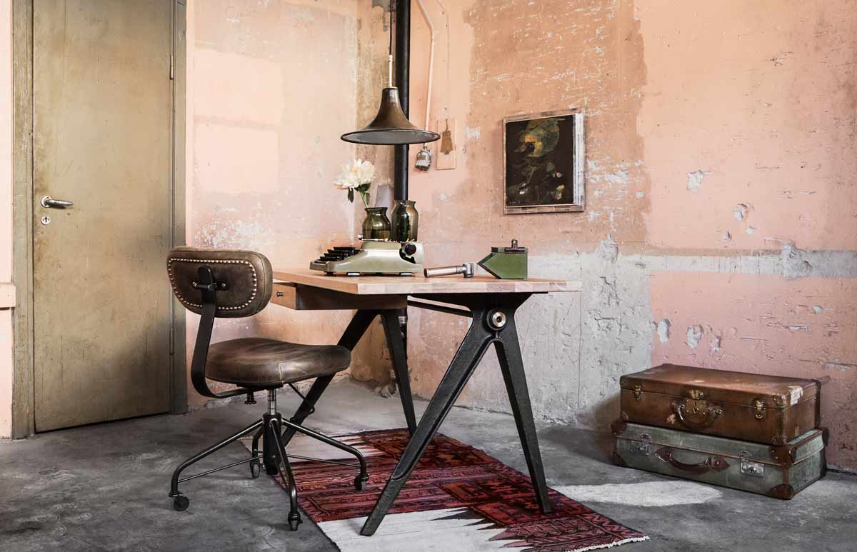 Compass Desk and Rand office Chair