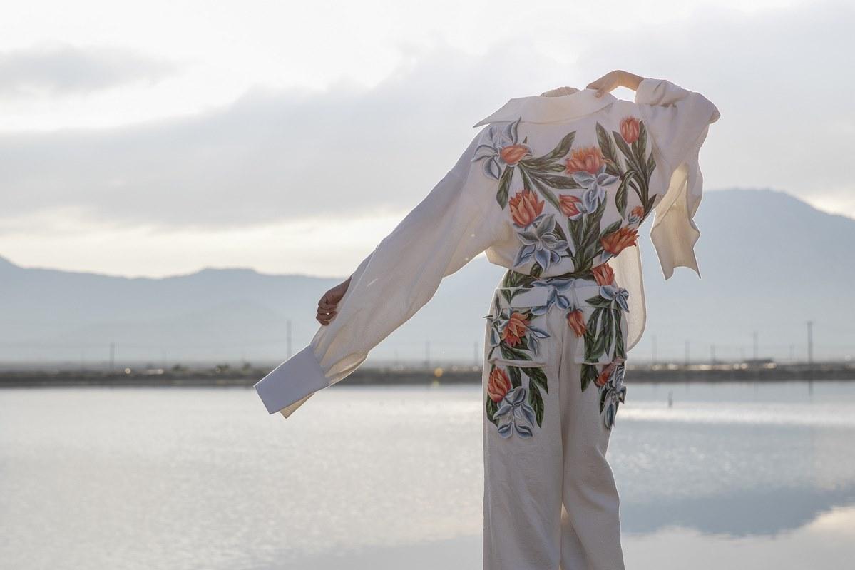 Nguyen Cong Tri Fashion