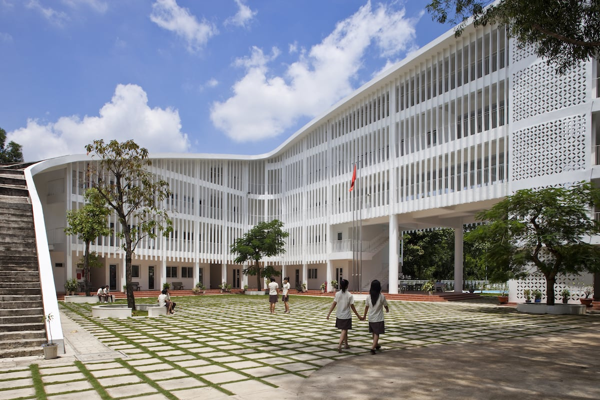 Binh Duong School Courtyard // Partnered with VTN Architects // Image courtesy of Hiroyuki Oki