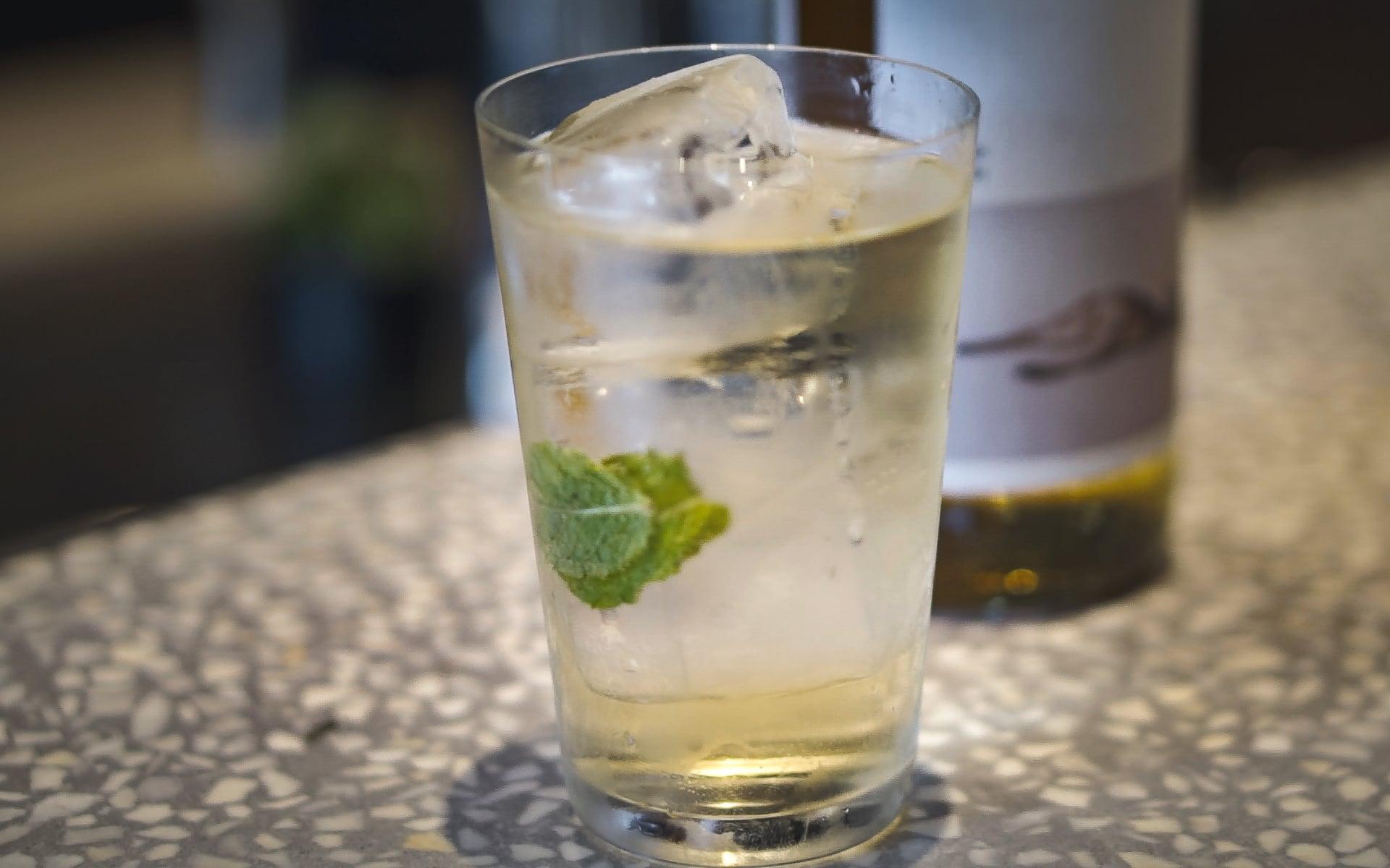 """Ba công thức pha chế đồ uống giải nhiệt mùa hè từ """"modern izakaya"""" Renkon Saigon-4"""