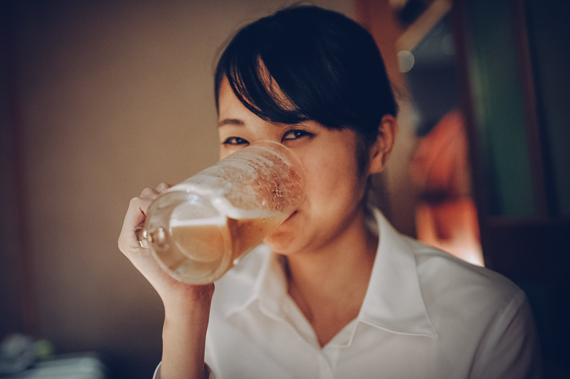 Đỏ mặt khi uống rượu bia: Nguyên nhân và cách xử lý từ Jio Health