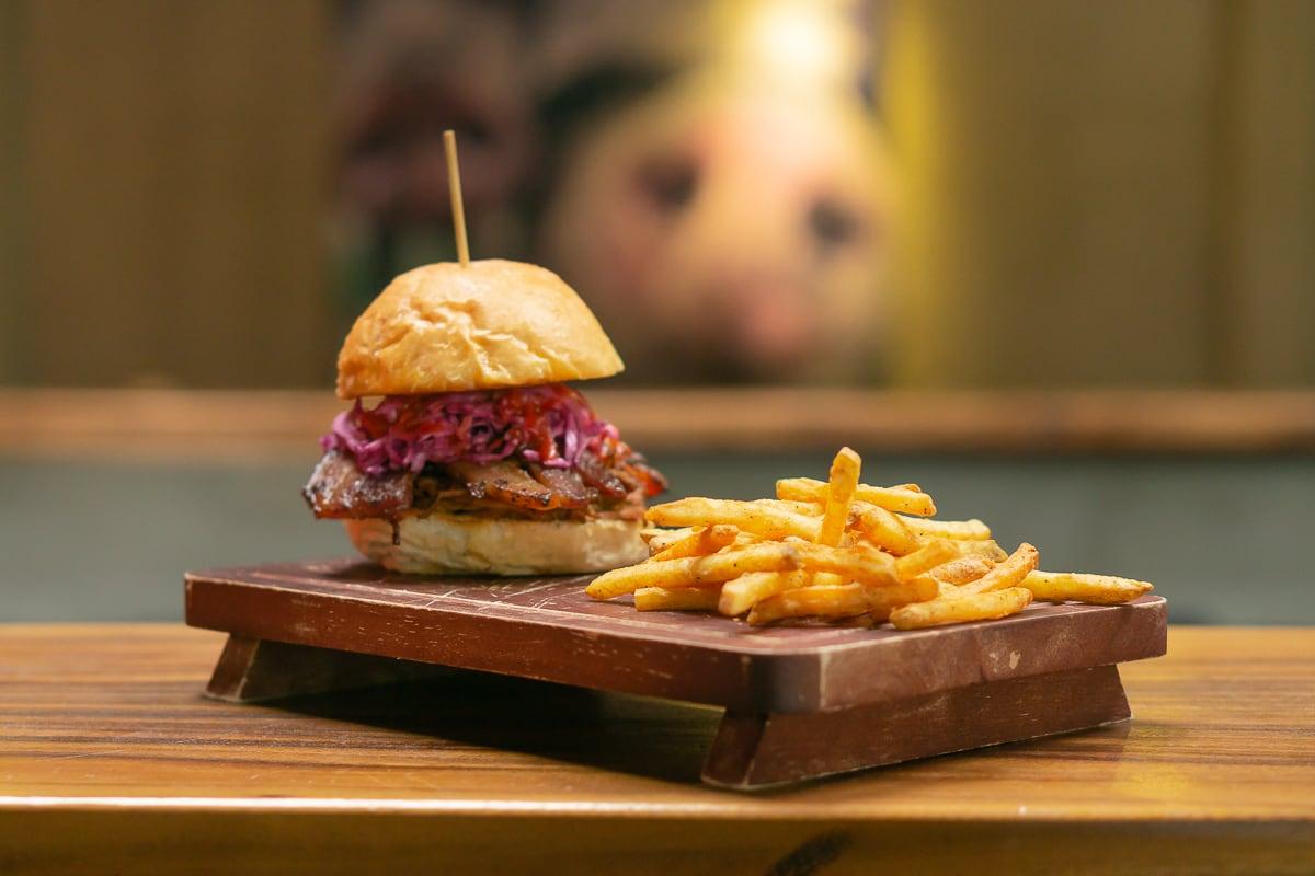 4 burger Quán Ụt Ụt