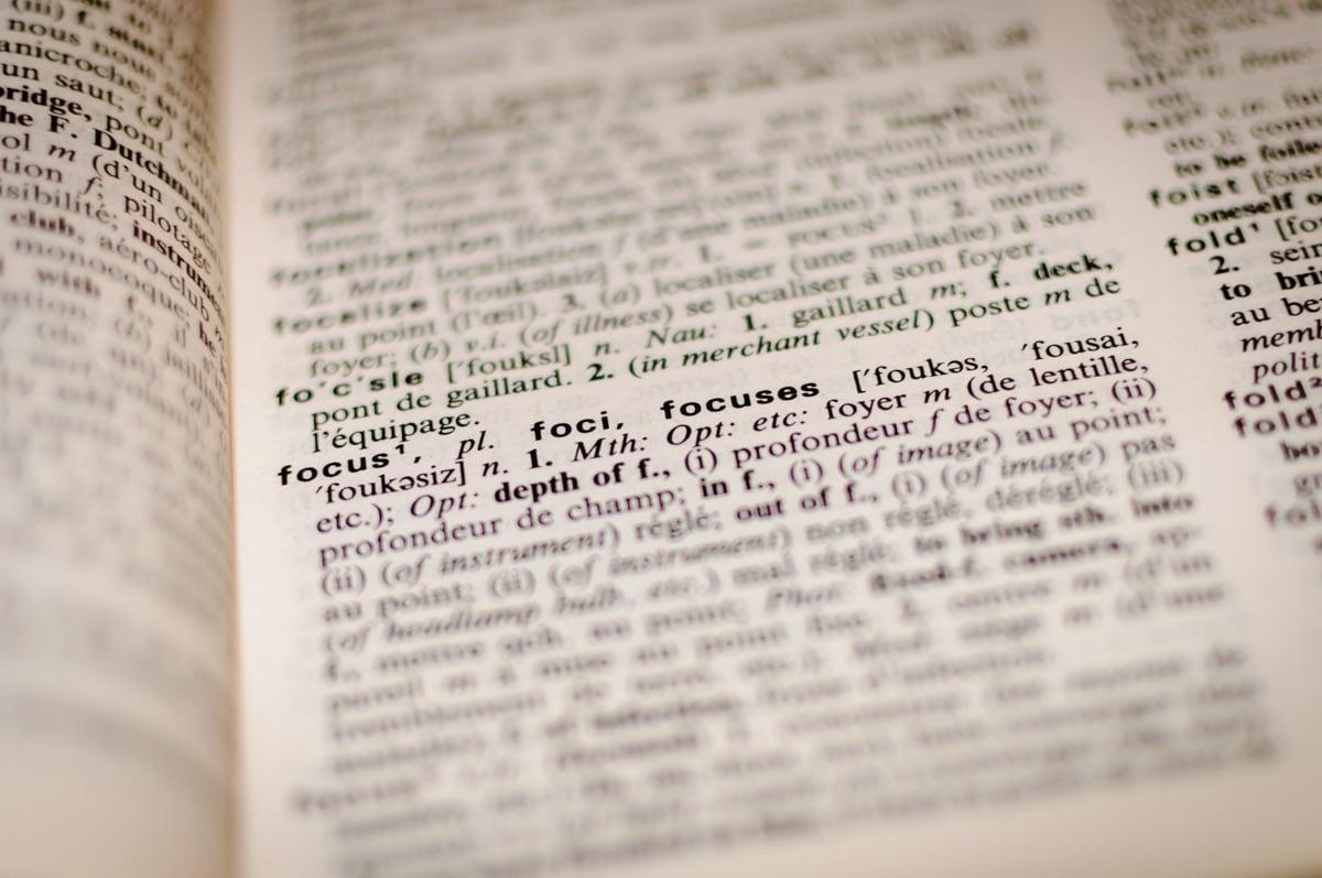 Ngôn ngữ phản ánh và truyền tải văn hoá mỗi quốc gia