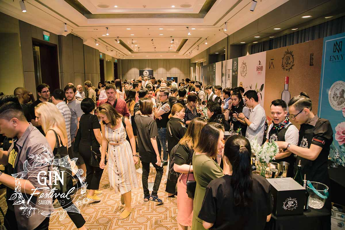 Gin Festival: guests enjoy adventurous drinks and learn more about the industry.