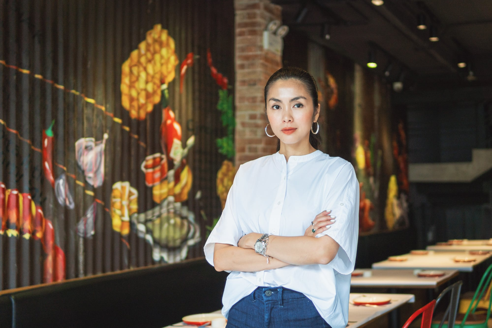 A Working Woman: Tang Thanh Ha - Business Stories and Lessons