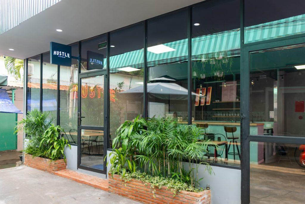 Hustle-Vietnam-facade