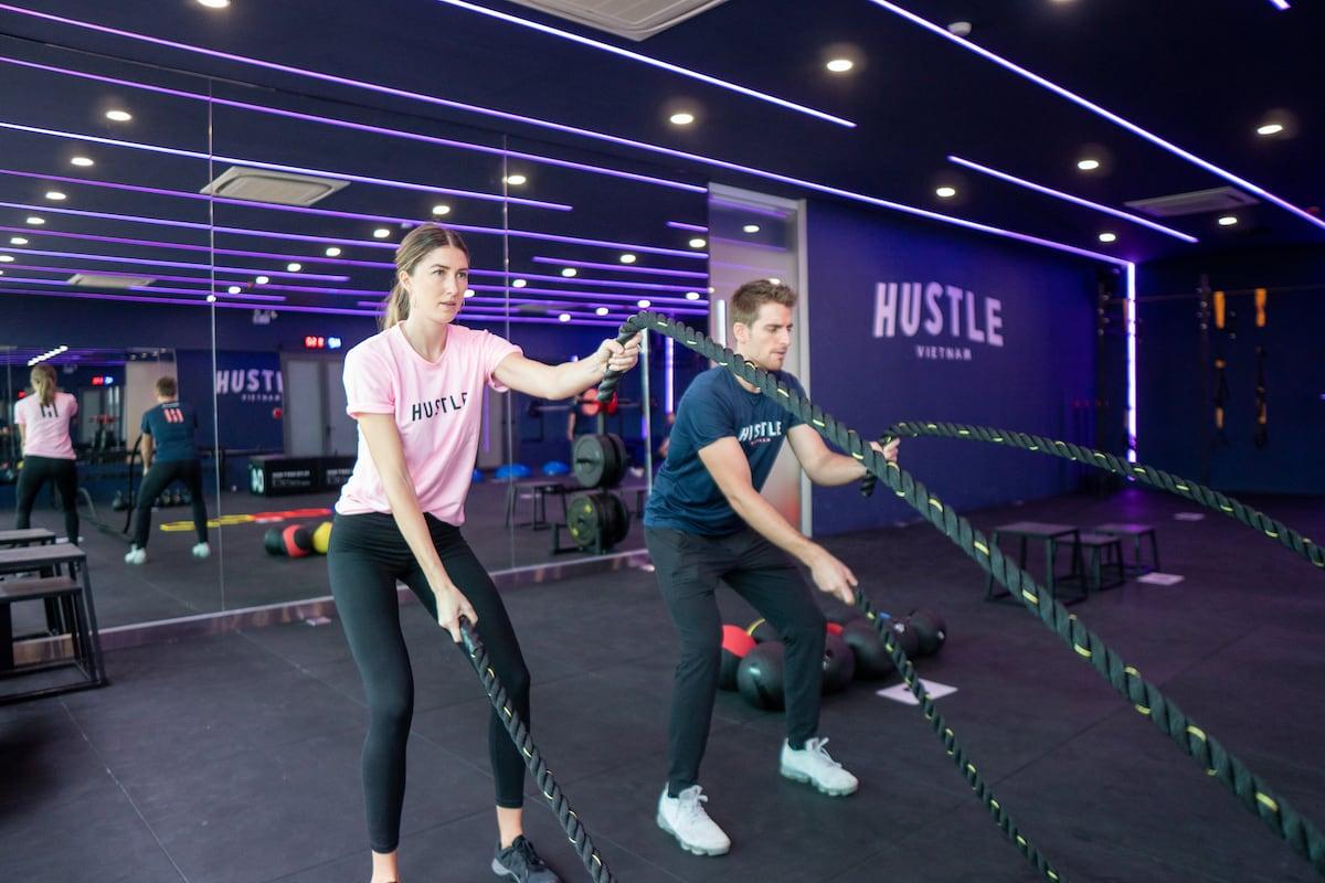 Hustle-Vietnam-ropeexercise