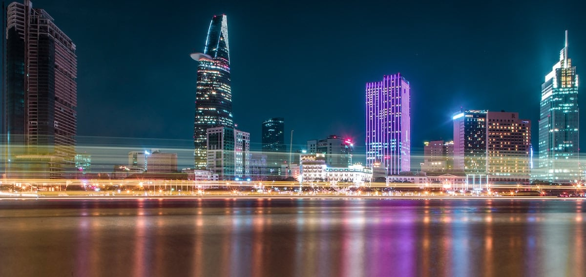 Hồ Chí Minh - kinh đô của người Việt trẻ