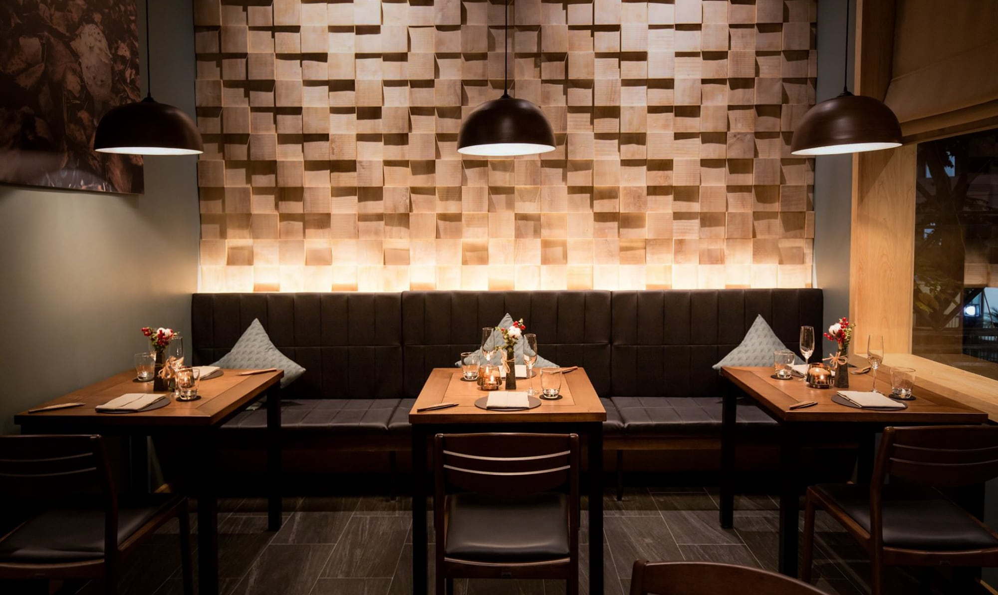 Private dining options in Hanoi featured