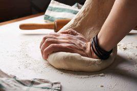 Ra Lò: Những mẻ bánh mì theo cấp độ từ 'cực dễ' đến 'hơi khó'