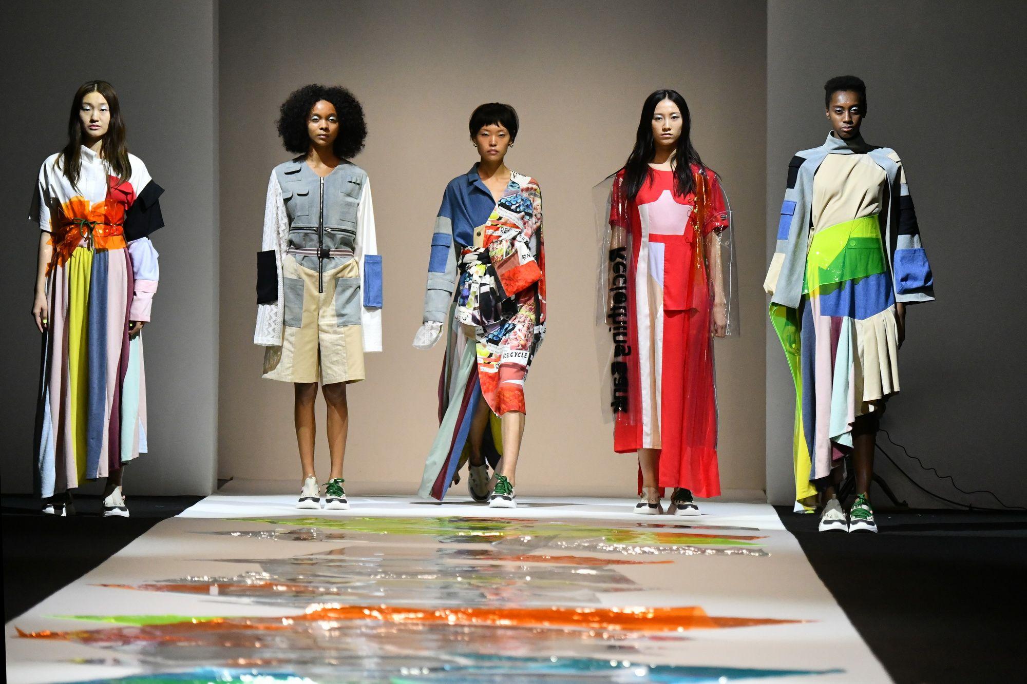 """Liệu """"Số hoá"""" có thể vực dậy ngành công nghiệp thời trang?"""