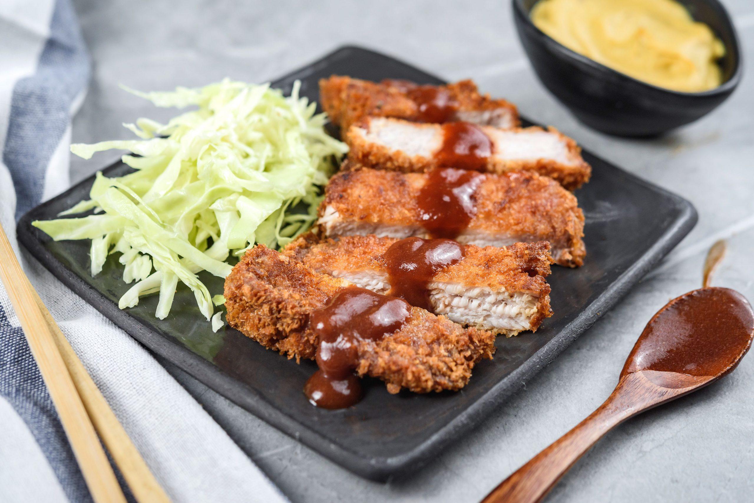 Ra Lò: Tonkatsu - Món ăn chưa bao giờ lỗi mốt