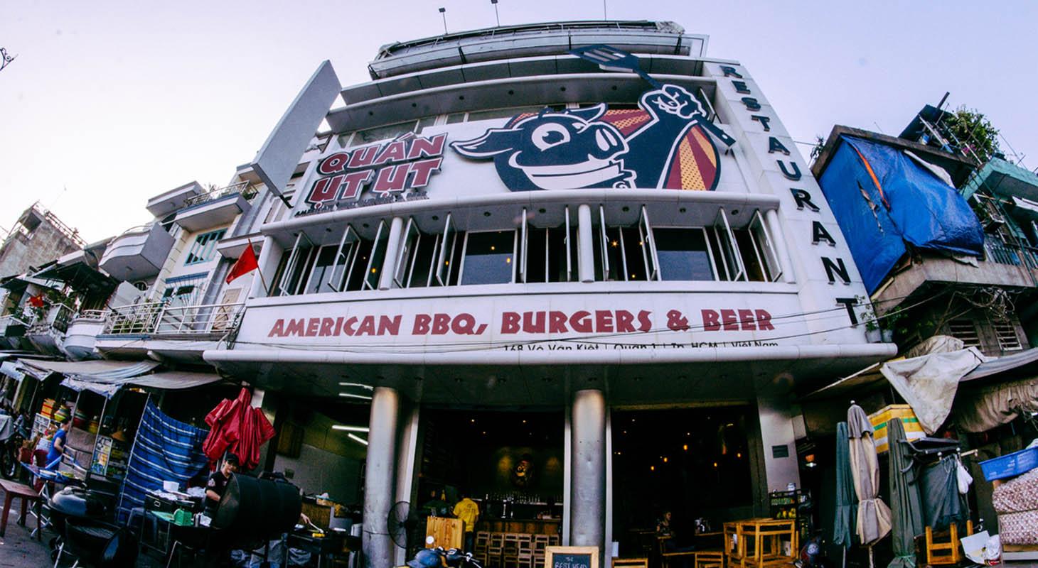 Quan Ut Ut Saigon on of the best burgers in town