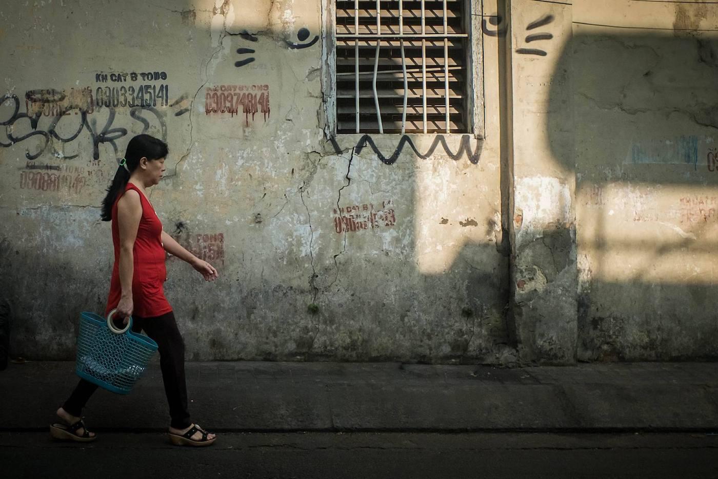 Tanya Olander - Somewhere in Saigon