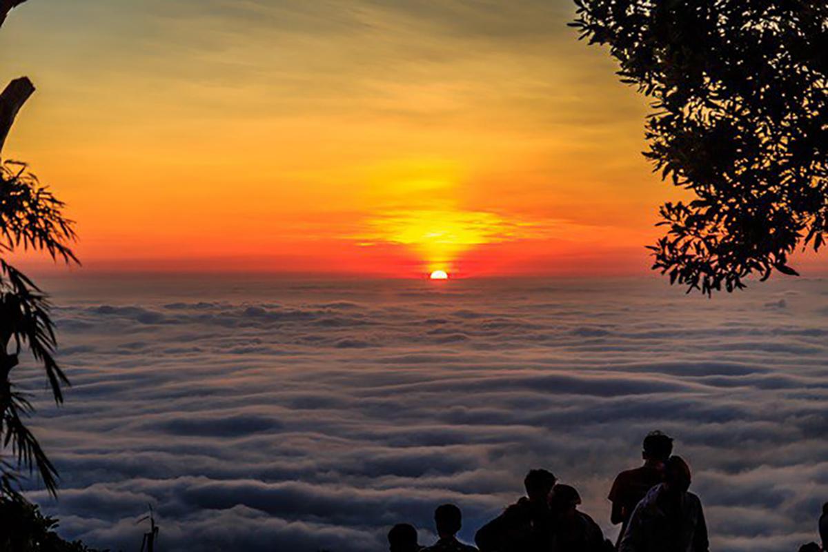 Dawn From Ba Den Mountain Peak