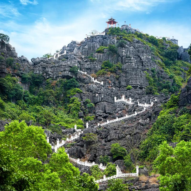 Hang Mua Temple