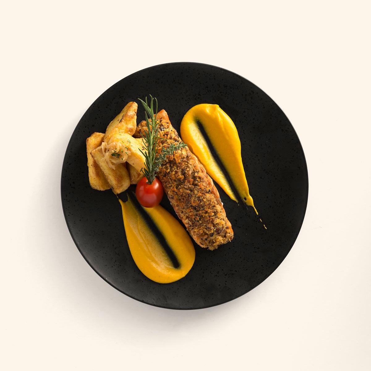 L'Usine - Eatery Crispy salmon