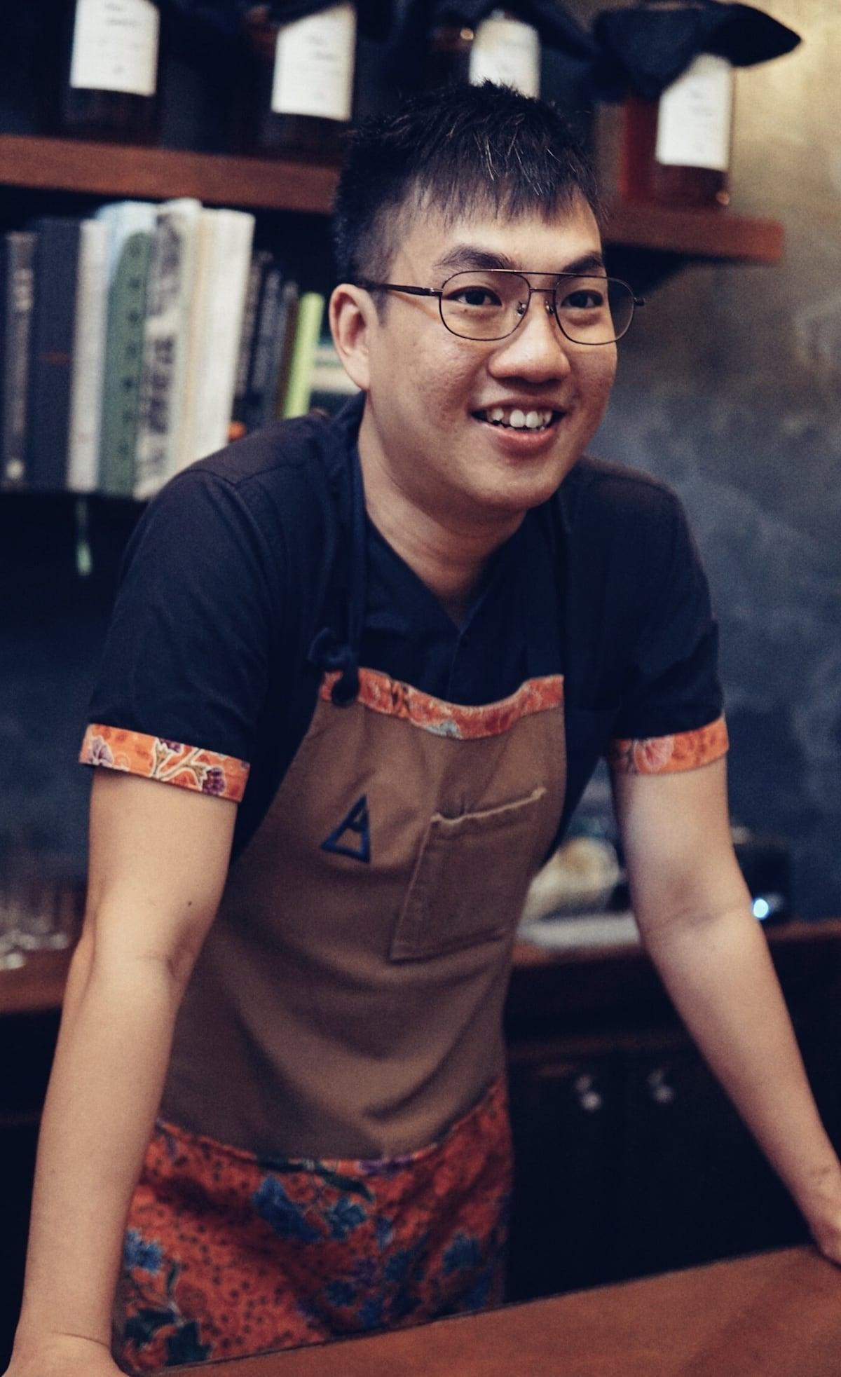 Leon Tan Native